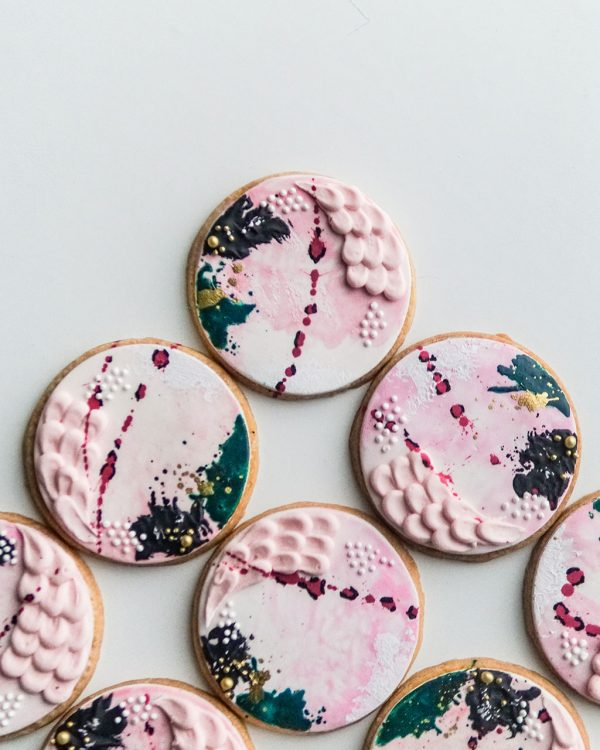cookie favours feat